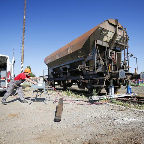 Pojazdná opravovňa železničných vozňov
